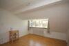 Schicke 3-Zi.- Altbau-Wohnung in bester Lage von Büderich (nahe Messe u Düsseldorf Zentrum) - Wohnzimmer