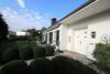 Freistehende Landhausvilla auf Traumgrundstück mit Außenpool - Hauseingang 2