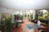 Architektenhaus mit Einliegerwohnung und romantischem Grundstück in bevorzugter Lage! - 4_Wohnbereich Ansicht 2