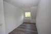 Familienfreundliche Doppelhaushälfte in begehrter Lage vis-à-vis der Poststraße - Schlafzimmer 2